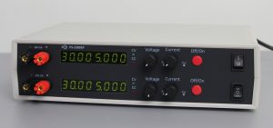 Двухканальный лабораторный блок питания